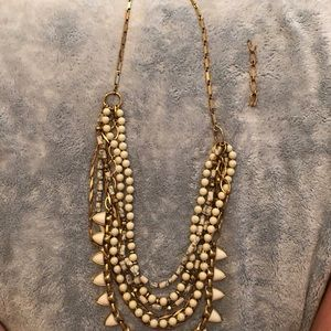 White stella and doy chunky necklace